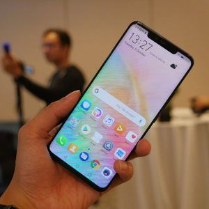 Duping the Huawei Mate 20 Pro 3D Face Unlock technology might be a piece of cake