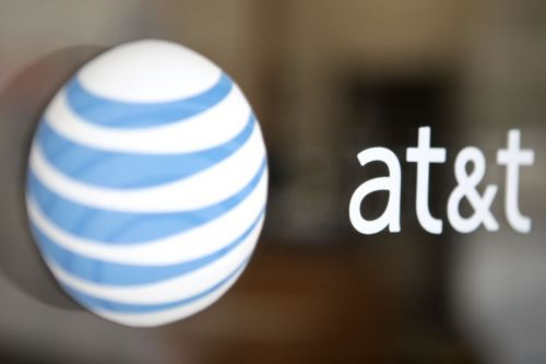 "AT&T and Comcast claim ""anti-robocalling milestone"" with new Caller ID tech"