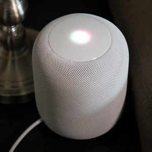 Deal: Apple's HomePod drops to Black Friday price, save $100!