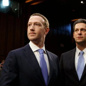 When Tim Cook took a privacy jab at Facebook, Mark Zuckerberg asked directors to only use Android phones