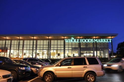 Online shoppers prefer brick-and-mortar grocery stores