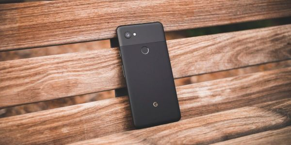 Android 8.1 apparently caused the Pixel 2 XL's fingerprint sensor to slow down