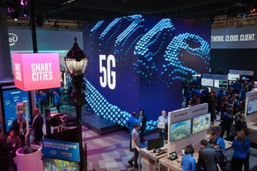 Skeptics be damned, these early 5G devices are worth watching in 2019