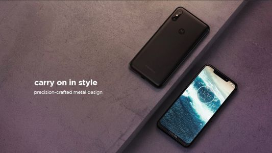 Motorola launches their first Android One phone in India at Rs 15,999