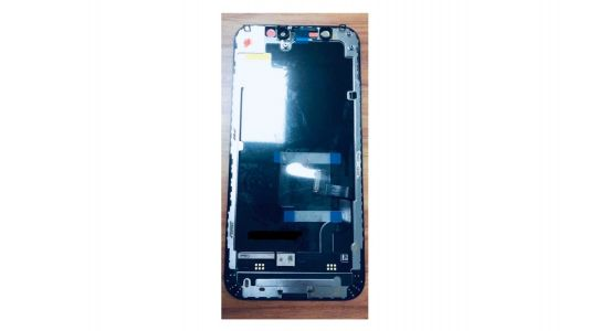 Alleged OLED display for upcoming iPhone 12 surfaces in leaked image