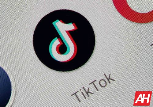 Trump Insists On Total US Control Over TikTok In Any Deal