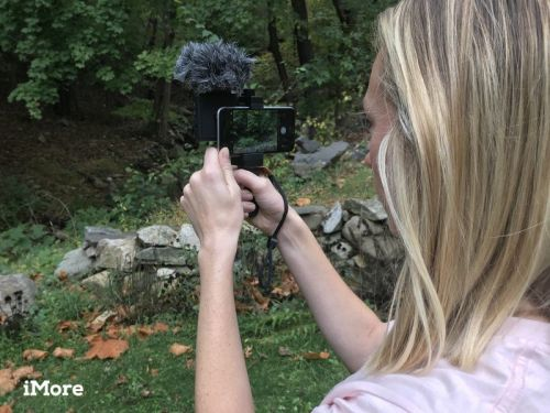 The SmartCine video rig makes it possible to make a movie on your iPhone