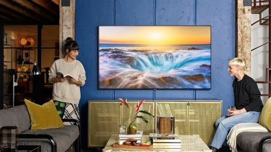 Samsung QLED TVs immerse you in the games, movies and TV series you love