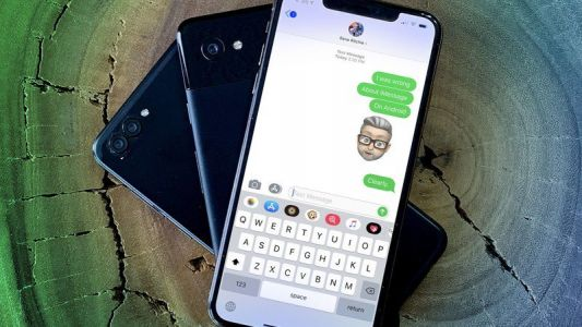 Samsung devises strange way to troll the iMessage blue bubbles