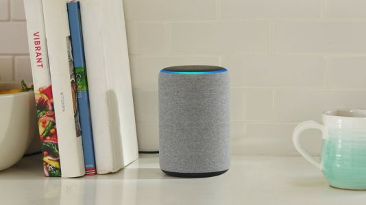 Alexa can now speak to you in Spanish in the US