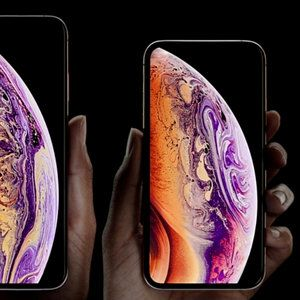 The best iPhone XS single, family or prepaid plan offers come from T-Mobile, AT&T and Walmart