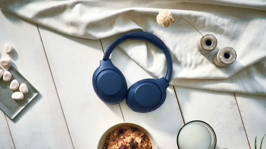 Sony's 'Extra Bass' range gets new wireless noise cancelling headphones