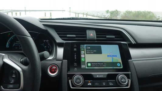 Review: This adapter turns standard CarPlay into Wireless CarPlay, and somehow it actually works