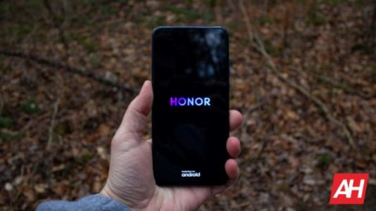 HONOR Signs Partnerships With Qualcomm, Intel, Samsung & Others