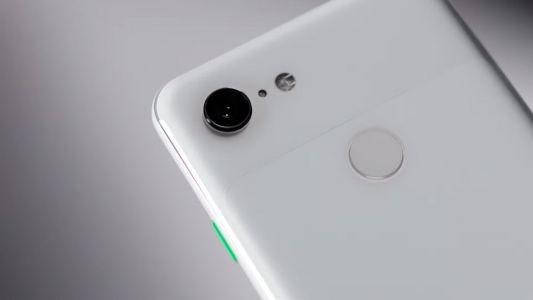 Google's Pixel camera app to receive external mic support