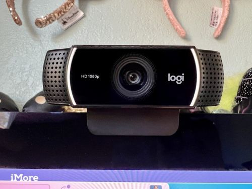 Black Friday is the perfect time to save on a new webcam