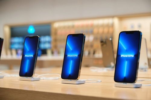 Apple's shortage of iPhone 13 and other products 'bleakest in years'