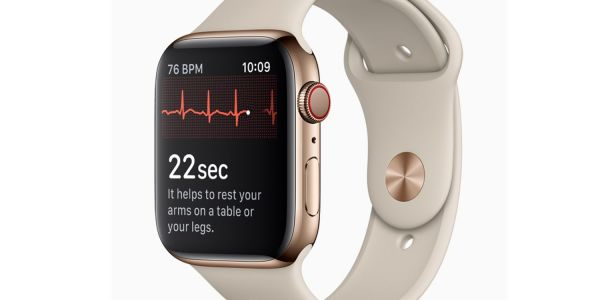 Apple Watch received FDA clearance just one day before the launch; cardiologist questions ECG accuracy