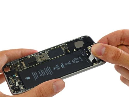 More US Lawmakers Question Apple Over iPhone Slowdowns