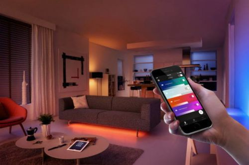 Philips Hue Bulbs Can Now Stay Off During A Power Surge