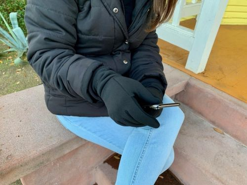 Mujjo Touchscreen Gloves provide all-over protection with all-over touch