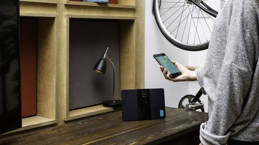 EE next generation internet combines fixed line broadband with its mobile network
